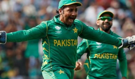 Sarfaraz Ahmed retained as captain