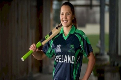 Ireland's Amy Kenealy announces her retirement 1