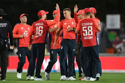 England defeats New Zealand, 4th T20I