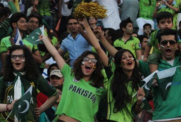 Test Cricket Returns to Pakistan After 10 Years 3