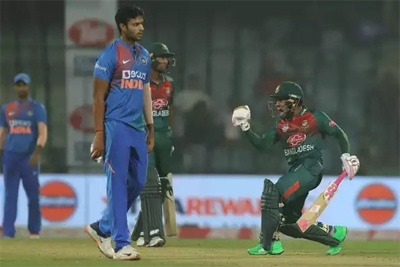 Mushfiqur Rahim stars as Bangladesh defeats India