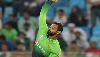 Hafeez suspended from bowling in ECB tournaments 2