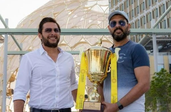 Yuvraj and Afridi stress to bring Ind-pak bilateral series back 3