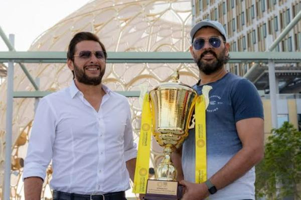 Yuvraj and Afridi stress to bring Ind-pak bilateral series back 1