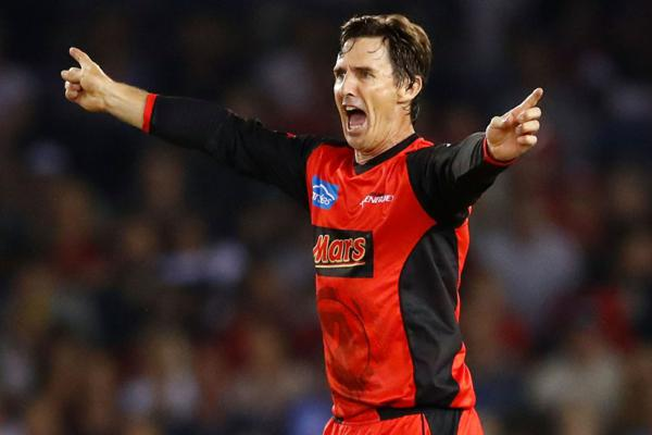 A fan suggests a plan to reschedule IPL and Brad Hogg liked it passing to Sourav Ganguly