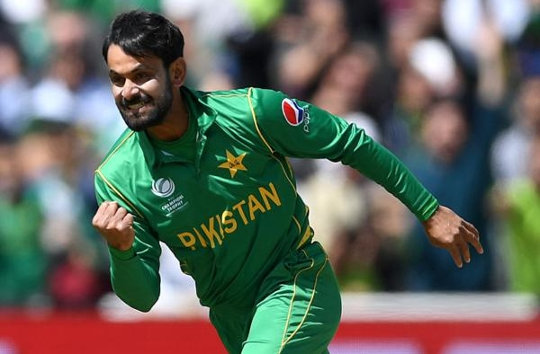 Aakash Chopra supports Hafeez's dignity debate over Sharjeel Khan