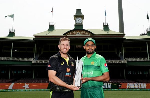 Aaron Finch loves to see Babar Azam in all formats of the game