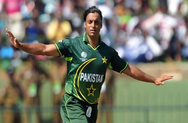 Shoaib Akhtar lashes out at Javed Afridi