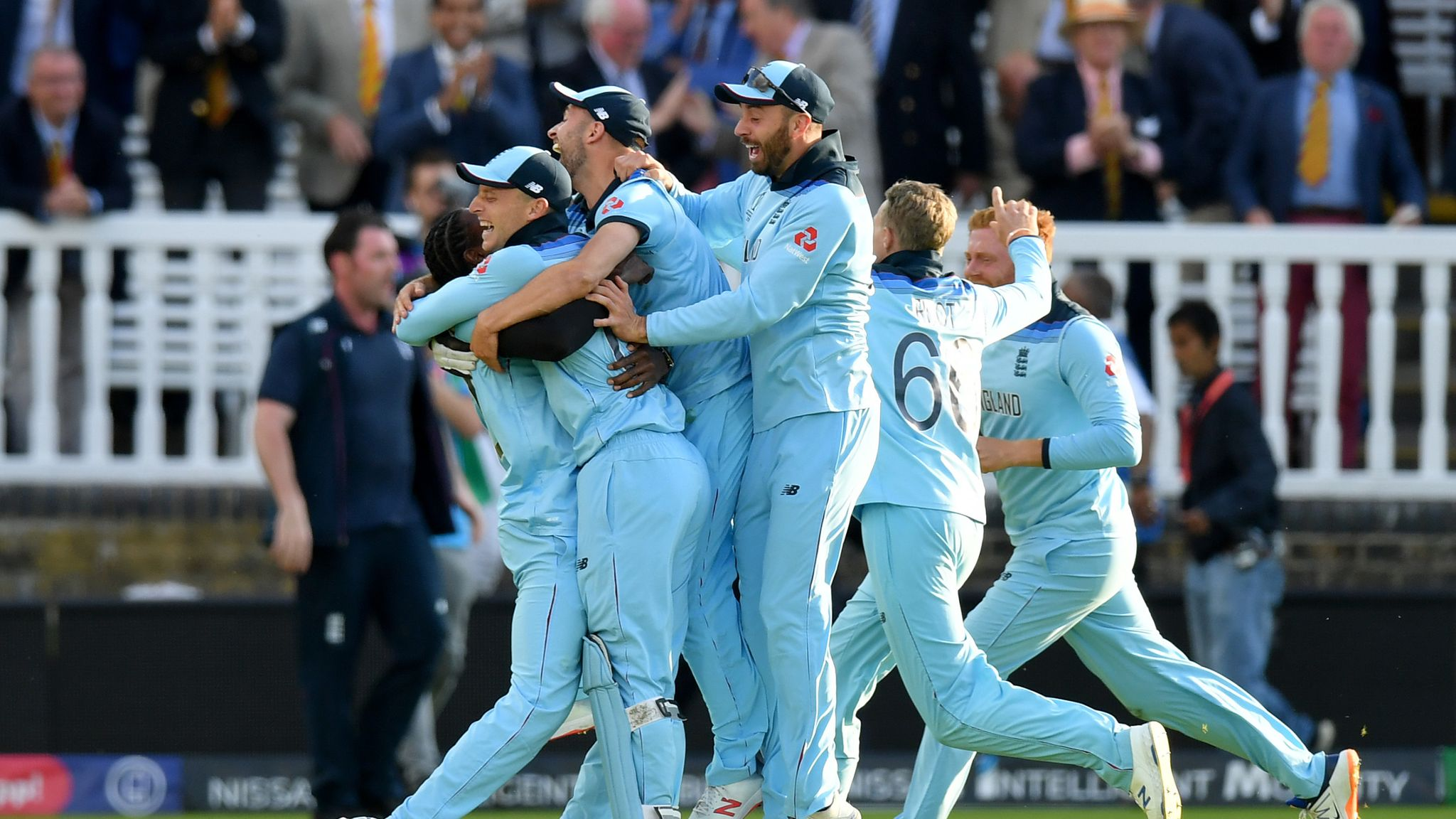 ICC WC19, ENGvsNZ: England defeated New Zealand in finals. Jos Buttler went for a marvelous half century and 7 of 3 in super over