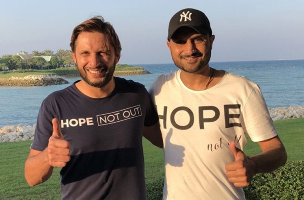 Harbhajan bashes Shahid Afridi over his controversial statements against India