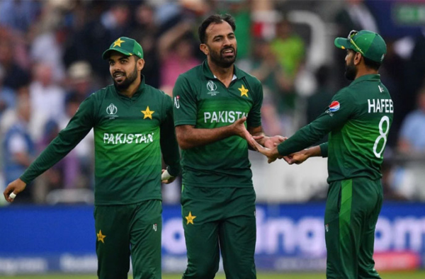 Hafeez, Wahab, and four others ready to fly for England tour