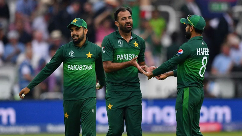 Mohammad Hafeez, Wahab Riaz, and four others tested negative, read to join England tour.
