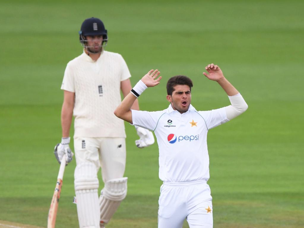 Pak vs Eng: Bad light interrupts Day 4 of the second test. Image: ICC