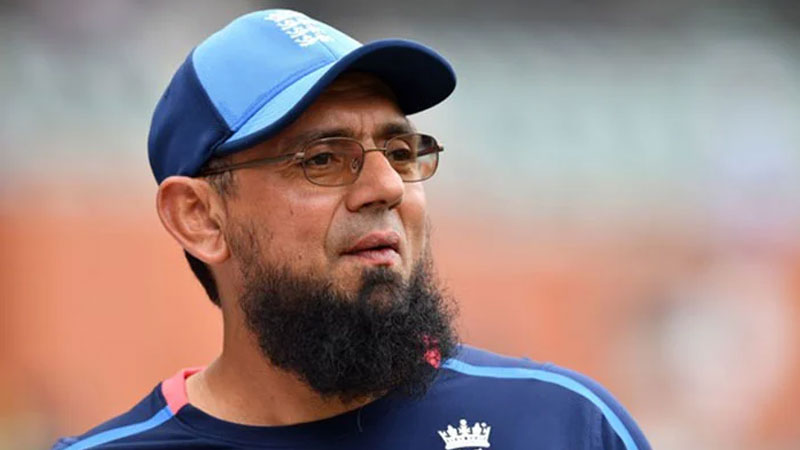 Saqlain Mushtaq continues his Youtube channel breaching PCB's code of ethics