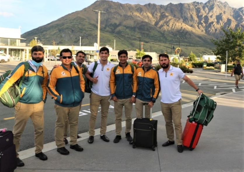 No more isolation, happy faces of Pakistan Cricket team